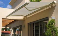 Retractable Awnings 010